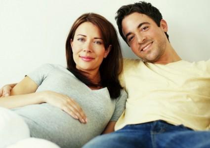 Pregnantcouple