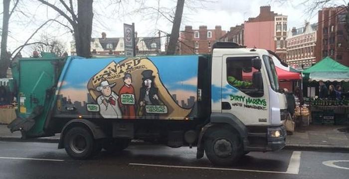 Even the rubbish trucks are snazzy around @WHampstead via @MillLaneNW6