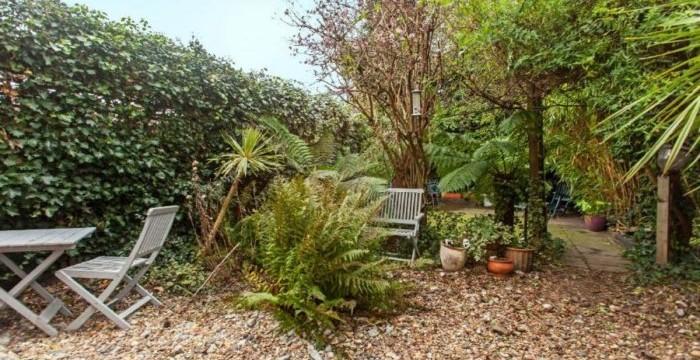 Richborough Road garden