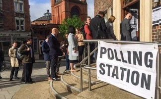 West Hampstead library at 8.30am on polling day 2015 via Rita Tudela